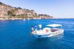 boat-excursions-giardini-naxos